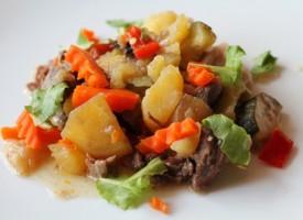 Мясное рагу с говядиной