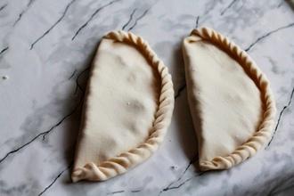 Караимские пирожки в мультиварке
