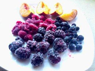 Компот из замороженных ягод в мультиварке