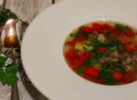 Суп из говядины с томатами