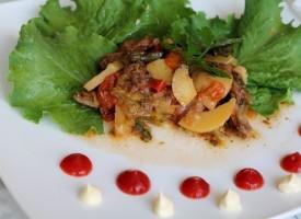 Сочная говядина с овощами