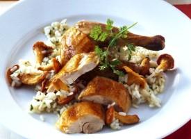 Жареная курица фаршированная рисом