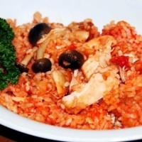 Рис с курицей и грибами в томате