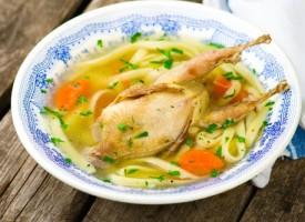 Суп из перепелок с лапшой