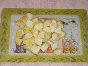 Запеченная тыква с орехами в мультиварке