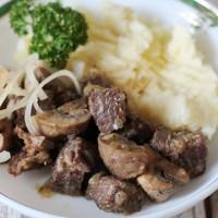 Мясо с грибами (универсальный рецепт)
