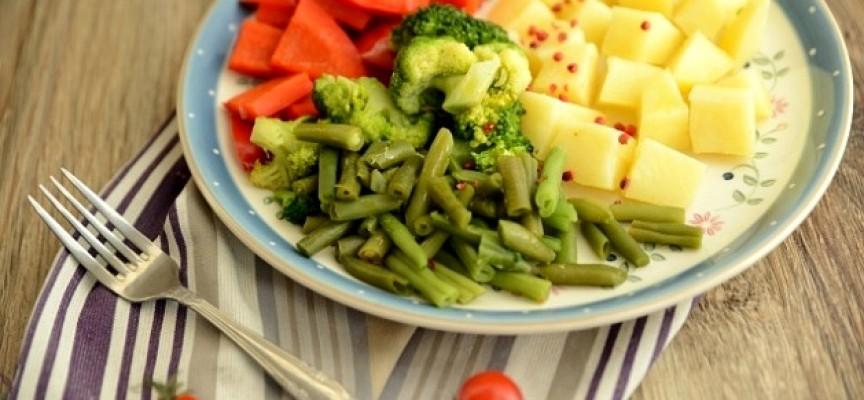 Свежие овощи на пару