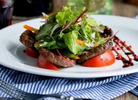 Овощной салат с говядиной и заправкой