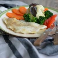Палтус с овощами на пару
