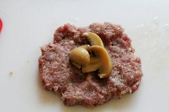Зразы с грибами в мультиварке