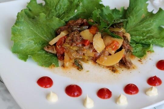 Сочная говядина с овощами в мультиварке