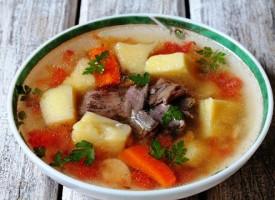 Наваристый суп из баранины и томатами