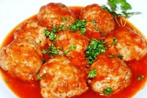 Тефтели в томатной подливе в мультиварке