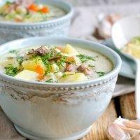 Сырный суп с индейкой, пастой и овощами